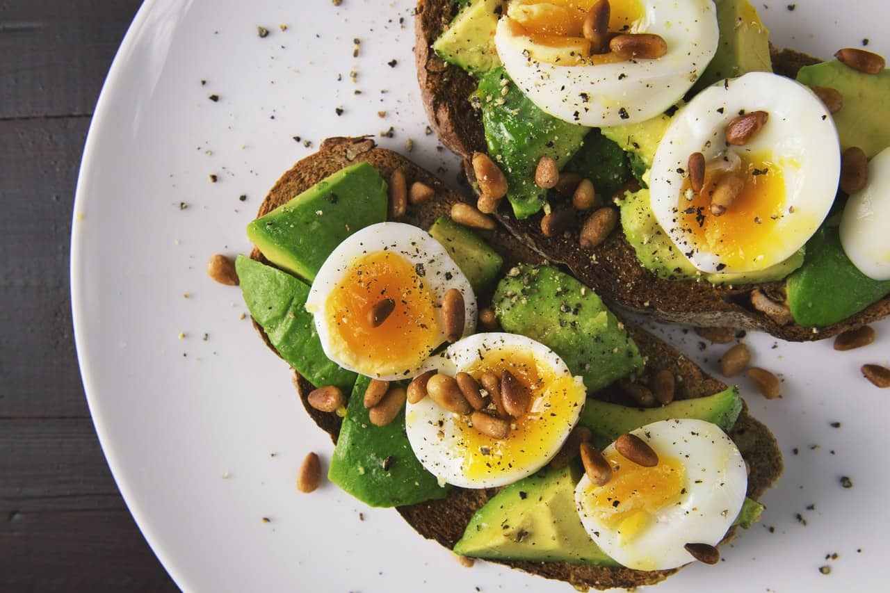 Healthy breakfast with avocado and egg