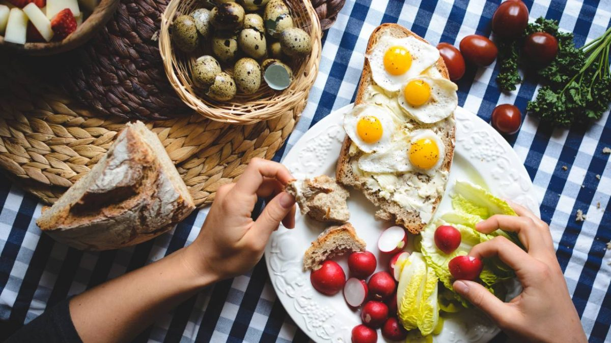 Quick and Healthy breakfast ideas for grown-ups and children-[2019]