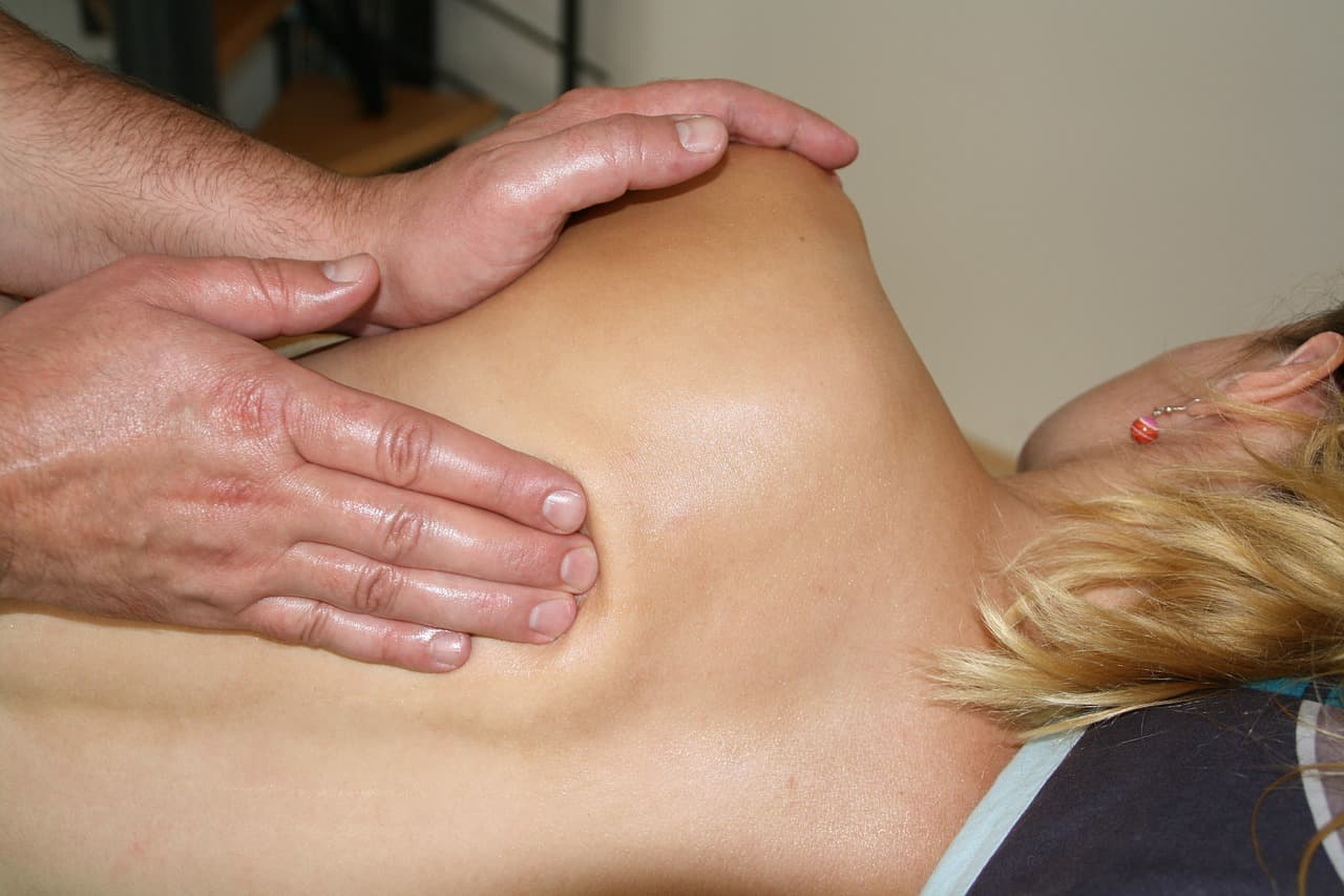 Effleurage - swedish massage