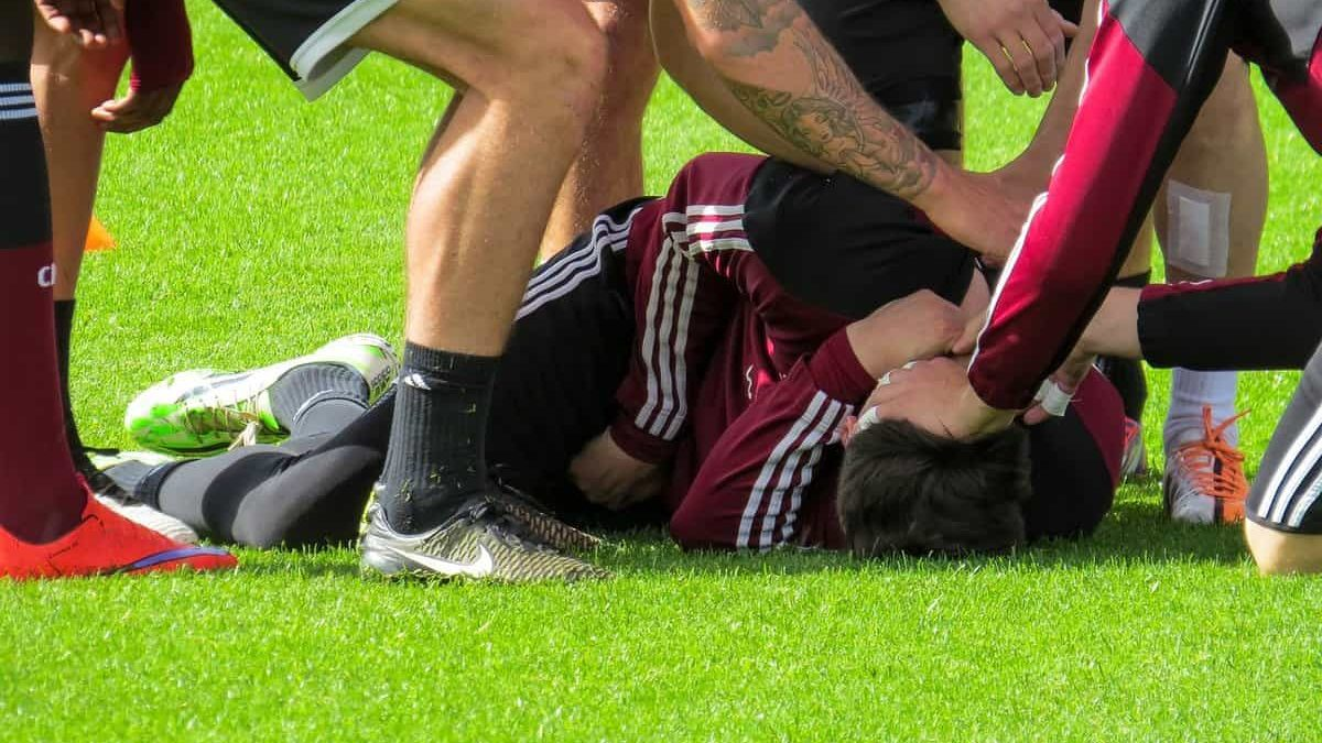 Time to Stay Optimistic: How To Deal With The Stress Of A Sports Injury