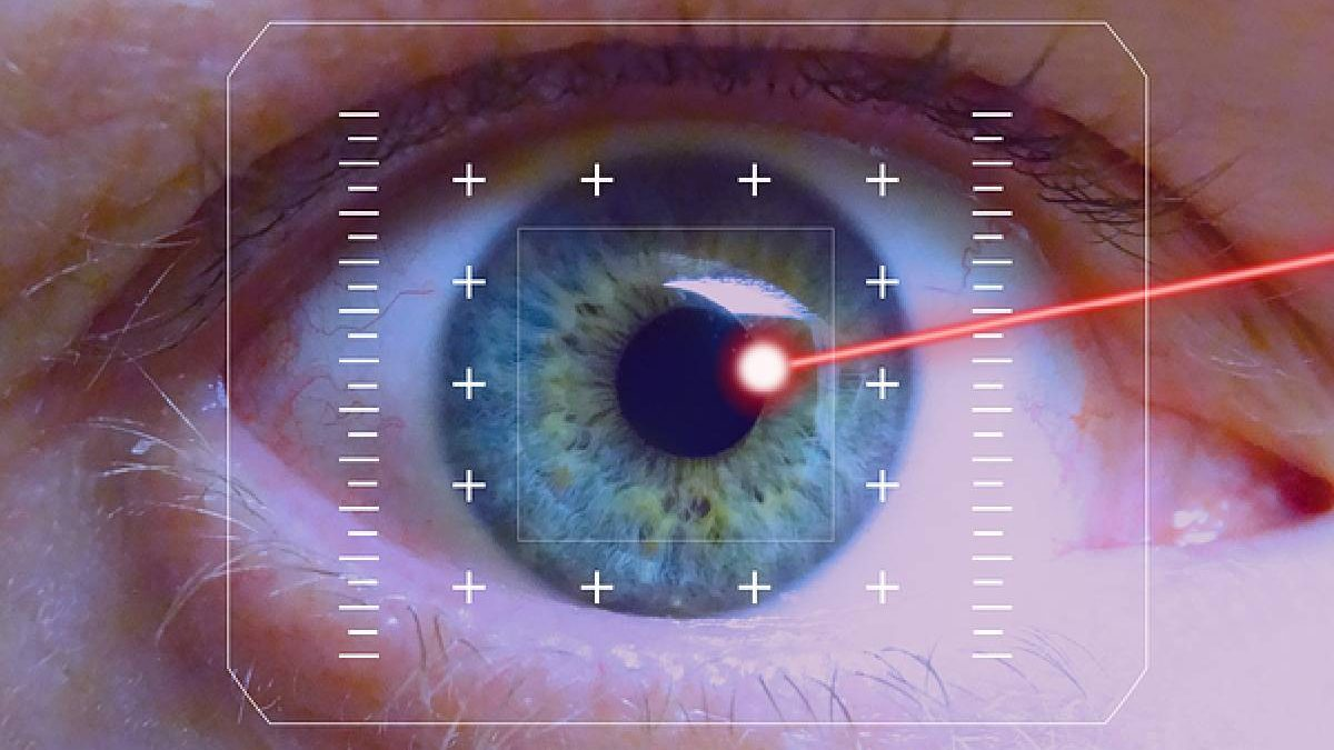 The Advantages And Disadvantages Of Getting LASIK Done