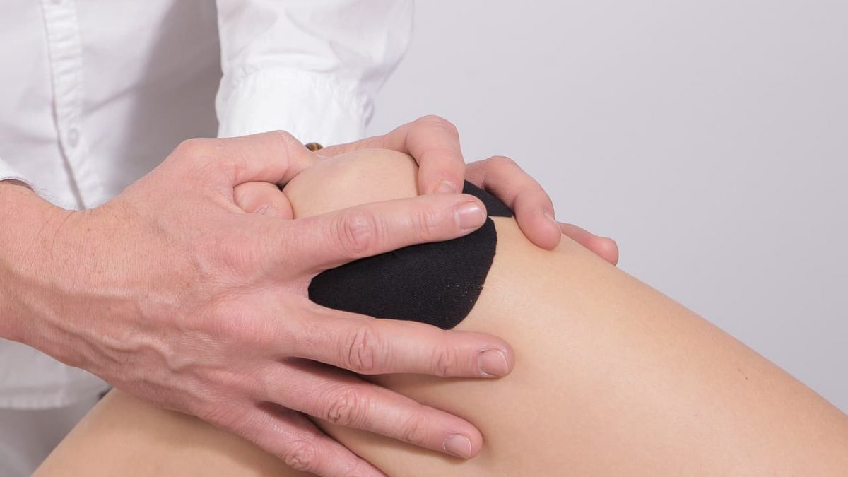 Is Handling Yourself After the Knee Replacement Becoming A Problem? 7 Things That Will Help You Deal