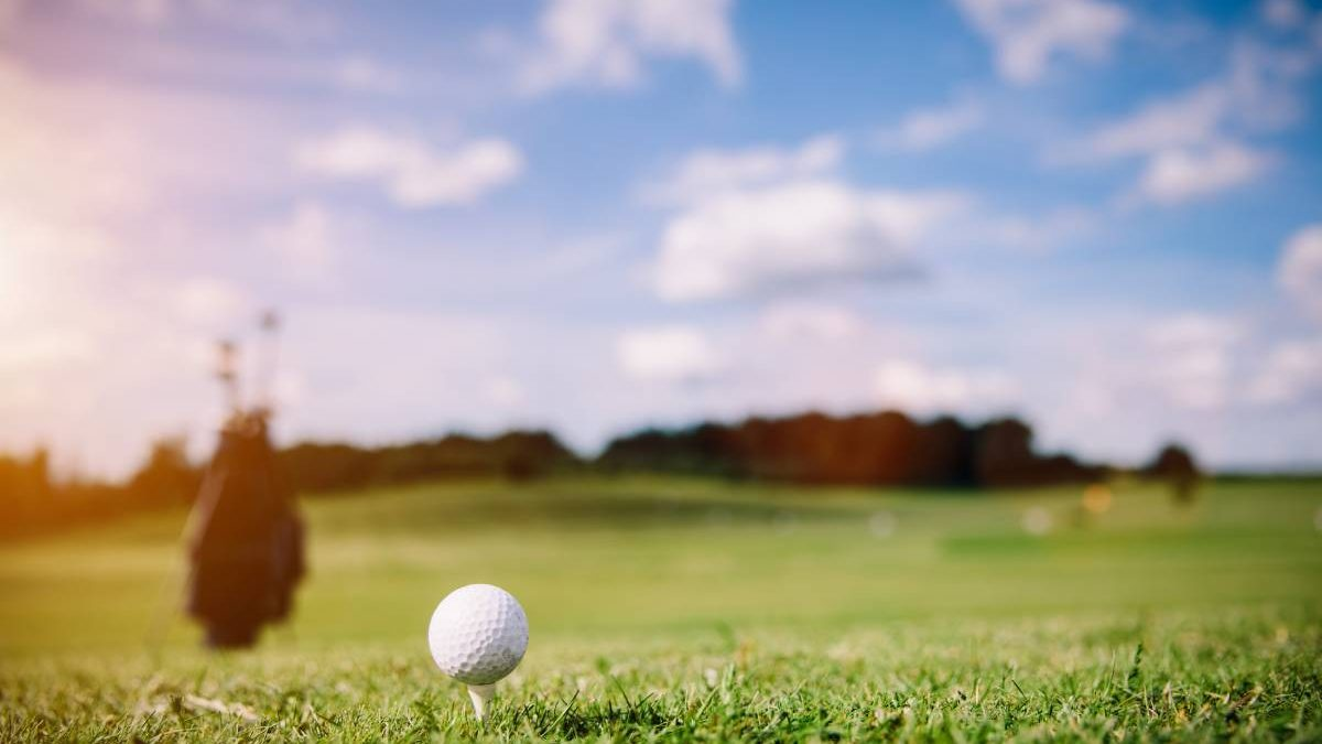 5 Ways Playing Golf Can Help Reduce Stress