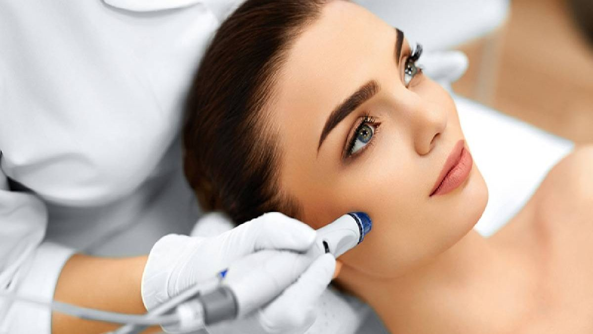 What is HydraFacial and how much is it?