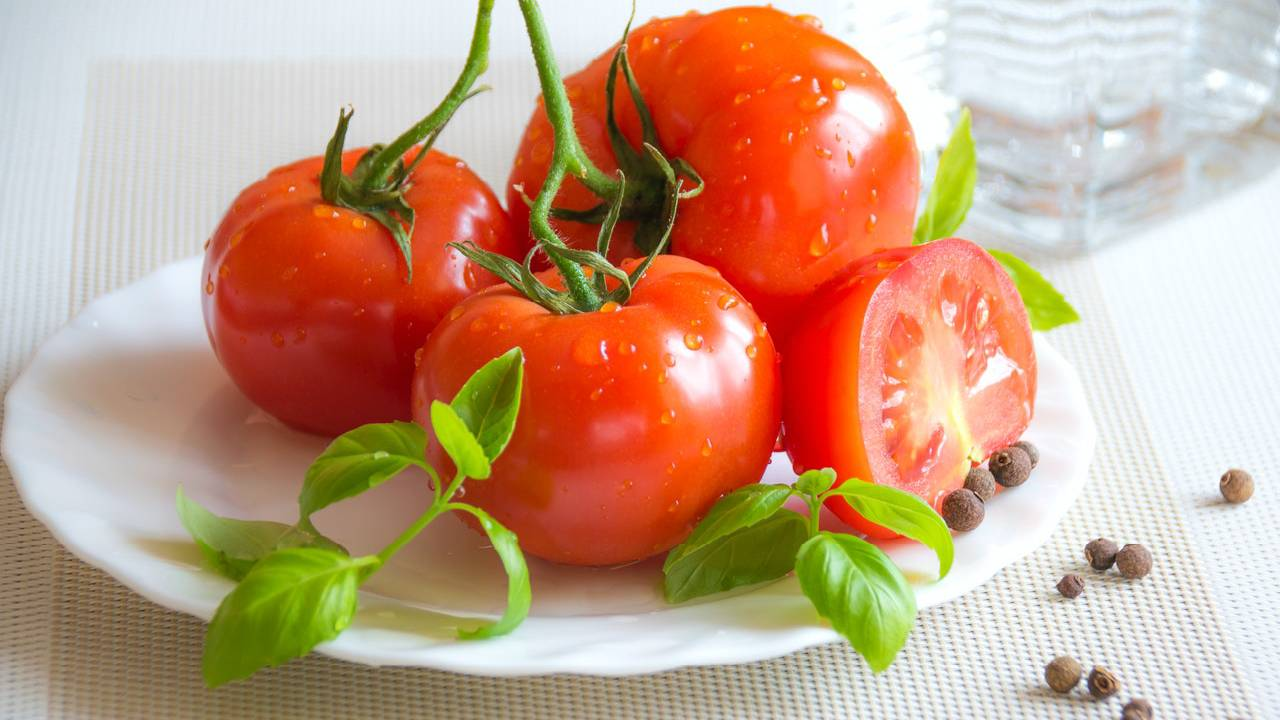 Tomatoes - Natural Cosmetics