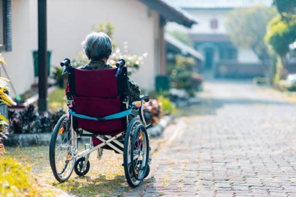 5 Ways to Help Seniors Improve Their Mobility