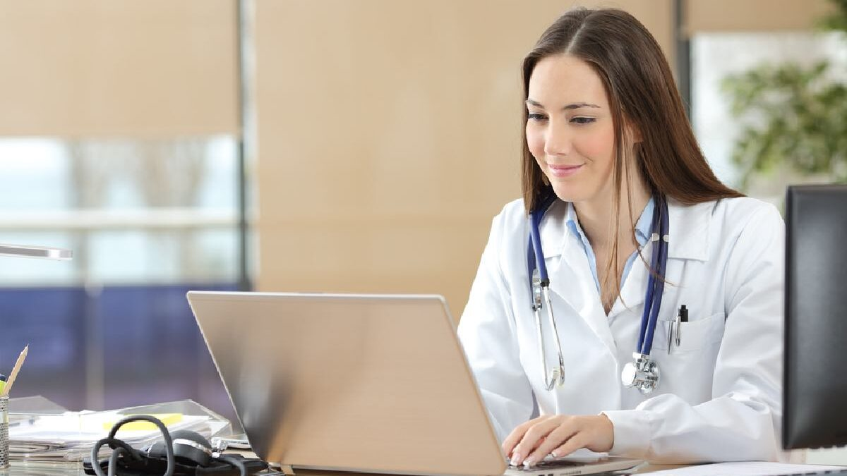 All the Benefits of Using an Online Doctor and Pharmacy