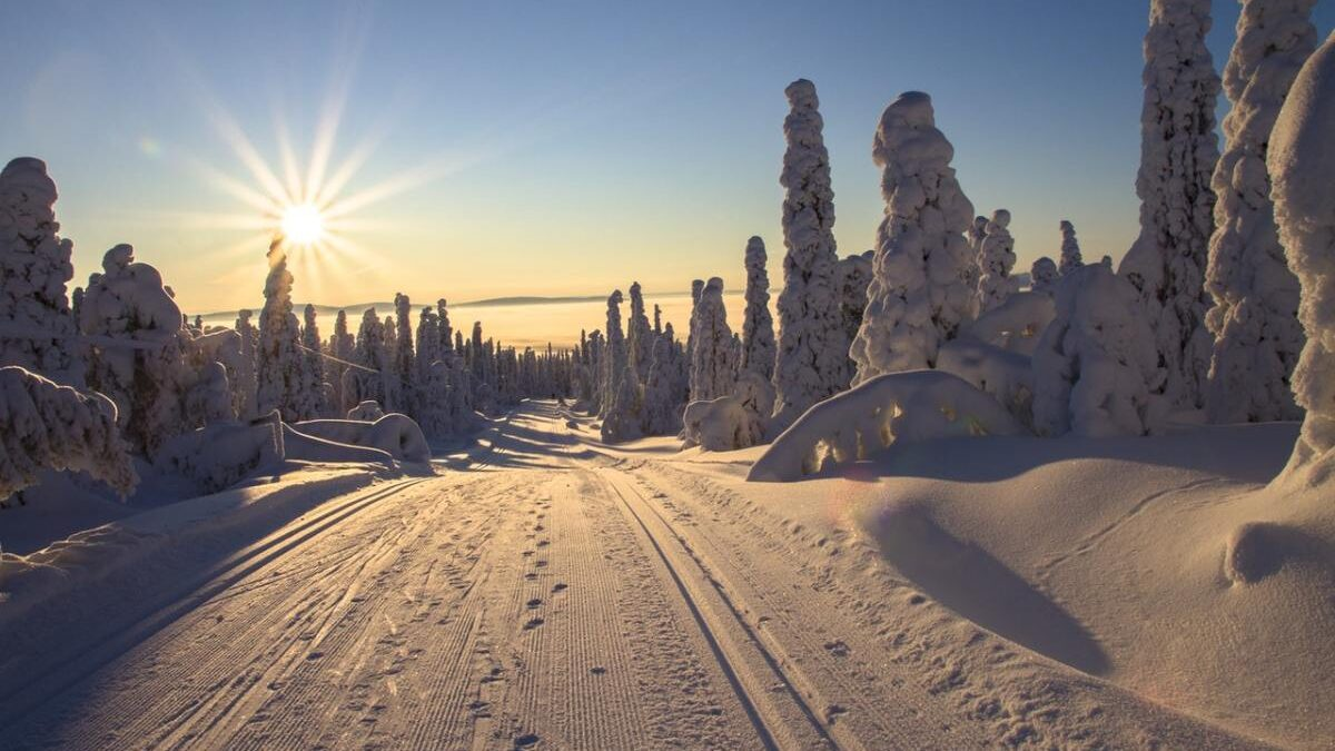 Stay Healthy This Winter with These Outdoor Activities