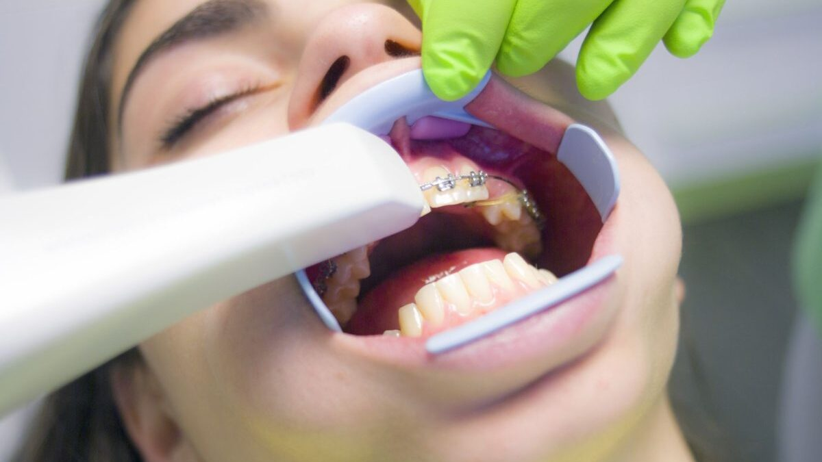 Dental Care Mandatory within Health Insurance