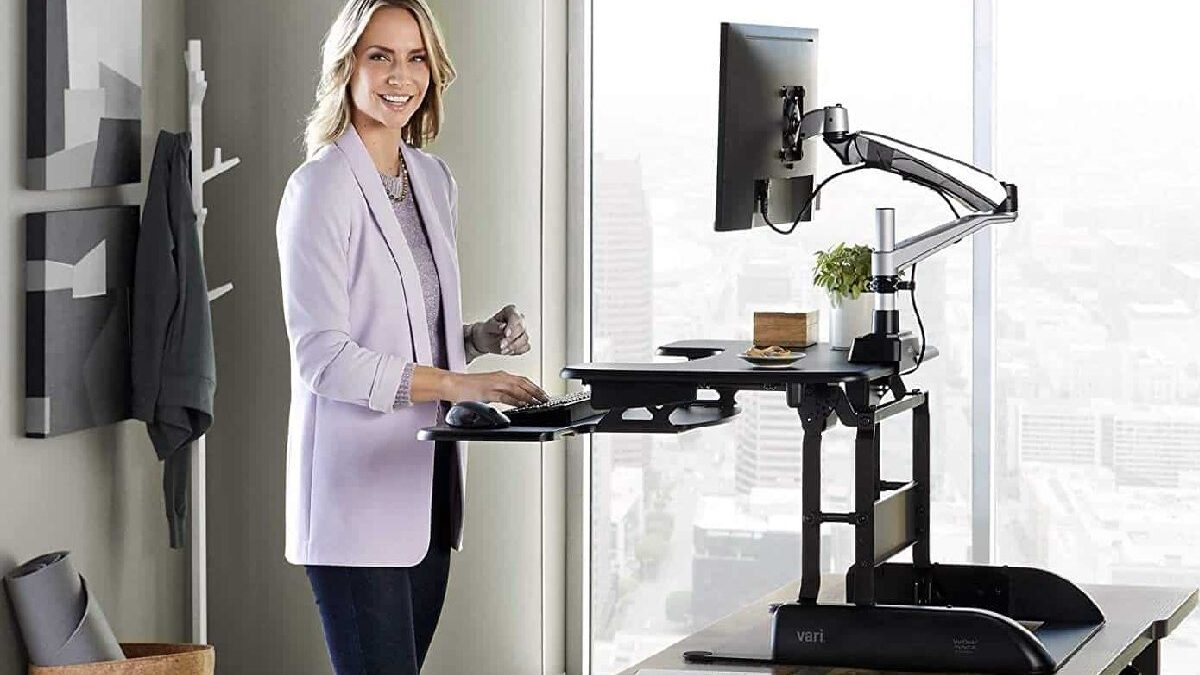 What Are the Health Benefits of a Standing Desk?