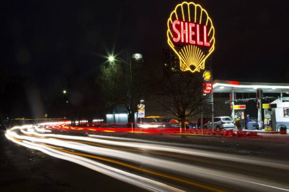 Shell Chief Promises to Ramp Up Emissions Action Plan after Court Ruling