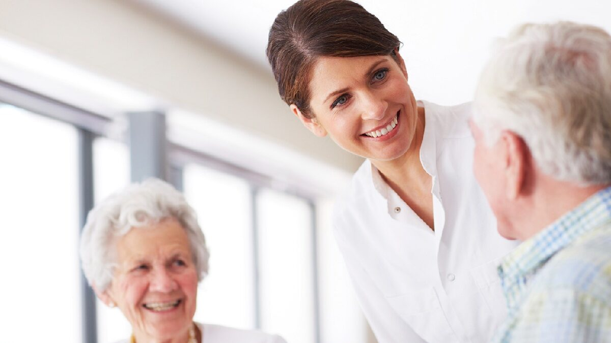 Why a hospice care is the best place providing care at the end of life for your loved one