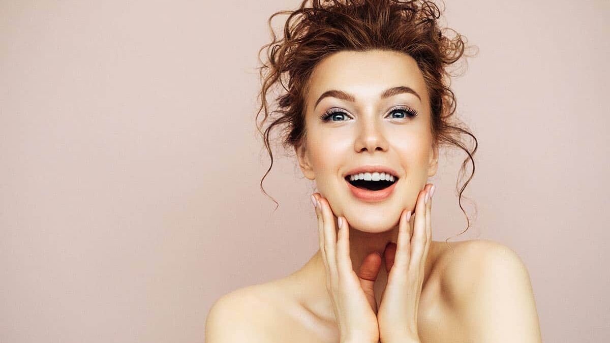 9 Ways To Maintain Healthy, Youthful Skin