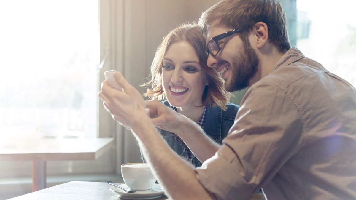 How Healthcare Is Following the World of Dating Apps (And Why This Needs to Happen)