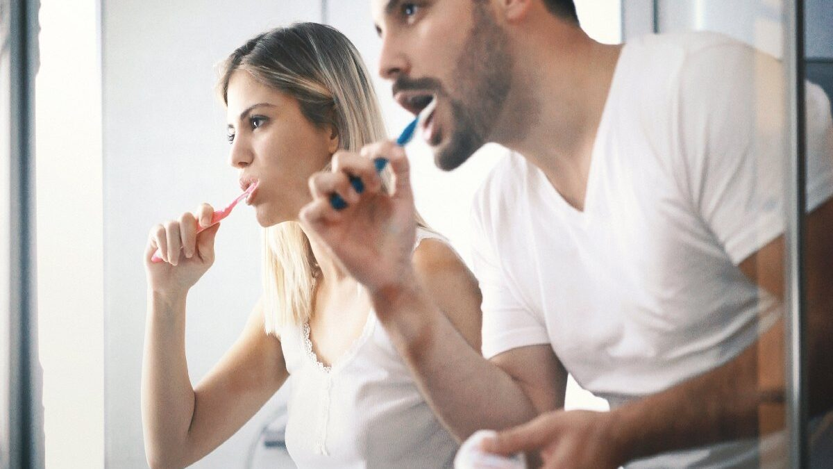 How to Improve Overall Dental Health with a Proper Oral Care Regimen